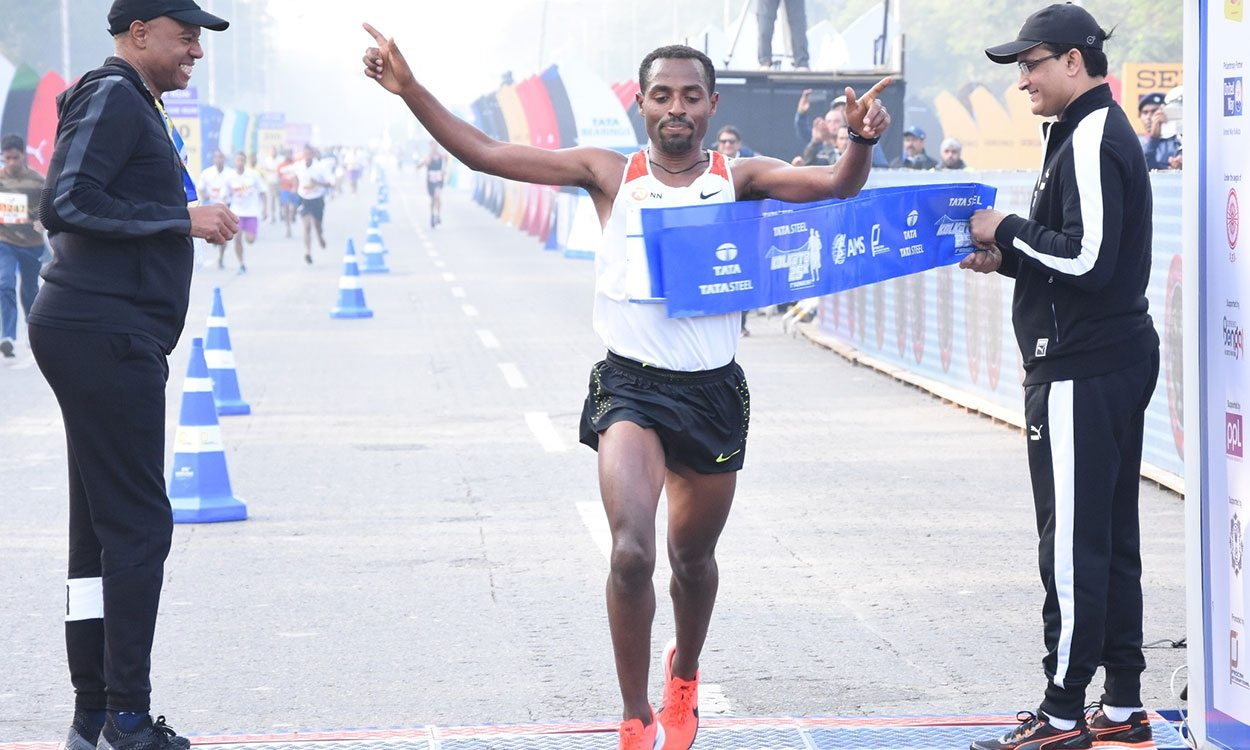 Kenenisa Bekele wins Tata Steel Kolkata 25K – weekly round-up