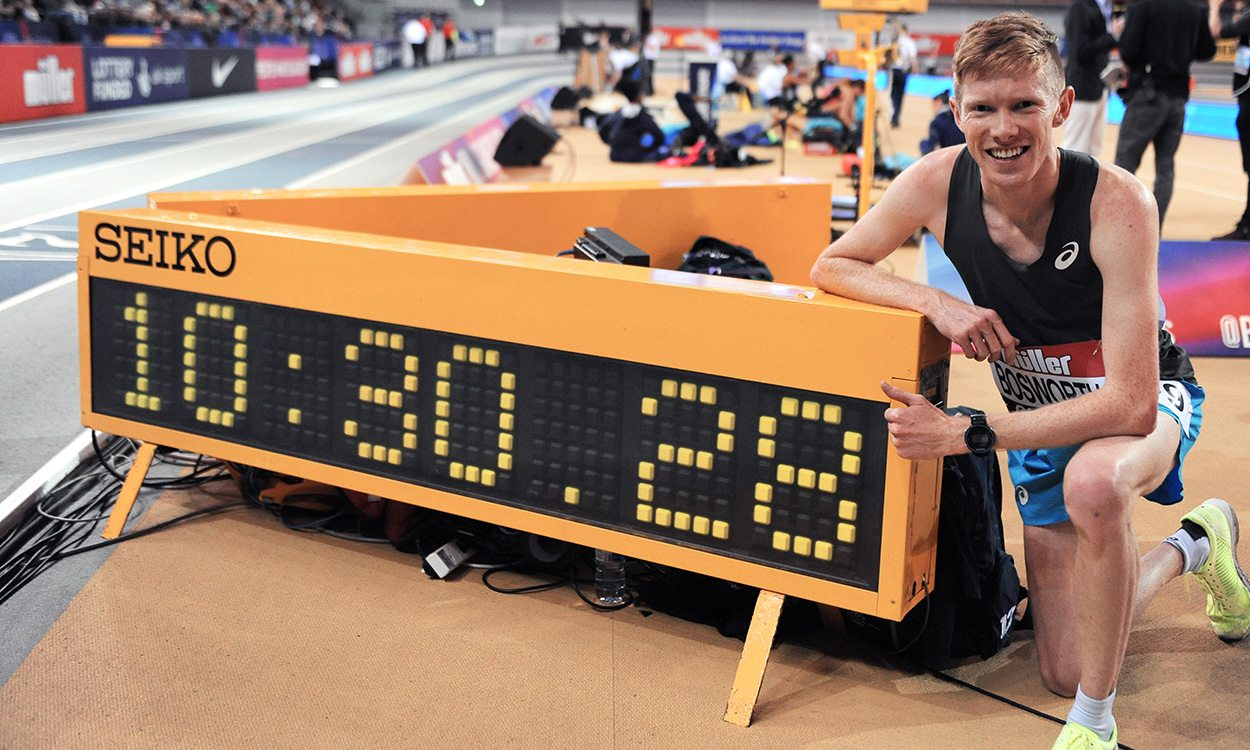Tom Bosworth breaks indoor race walk world best in Glasgow
