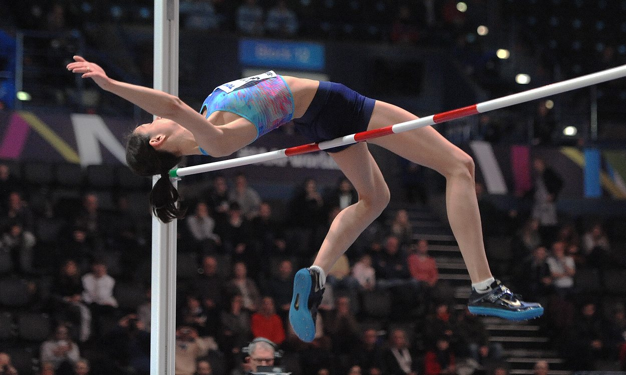 Maria Lasitskene wins world indoor gold as spotlight shines on high jump