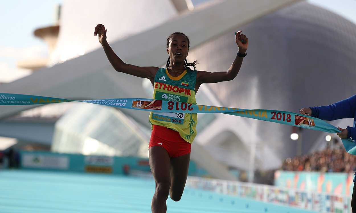 Impressive wins by Netsanet Gudeta and Geoffrey Kamworor in Valencia