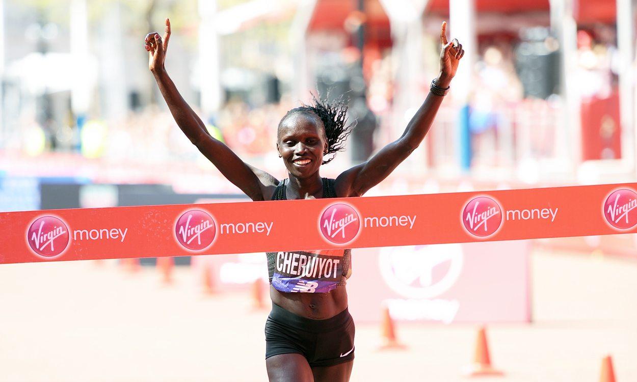 Vivian Cheruiyot seizes her chance to win the London Marathon