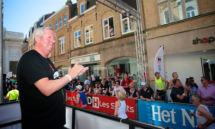 Great-Peace-Run-Walk-start-Brendan-Foster