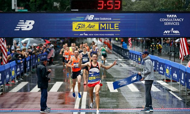 Jake Wightman and Jenny Simpson win 5th Avenue Mile