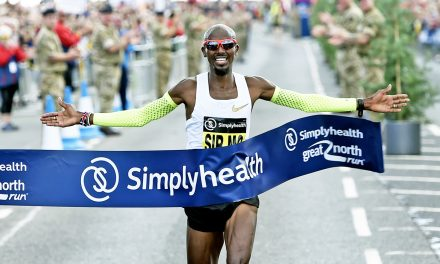 Mo Farah speeds to Great North Run title No.5