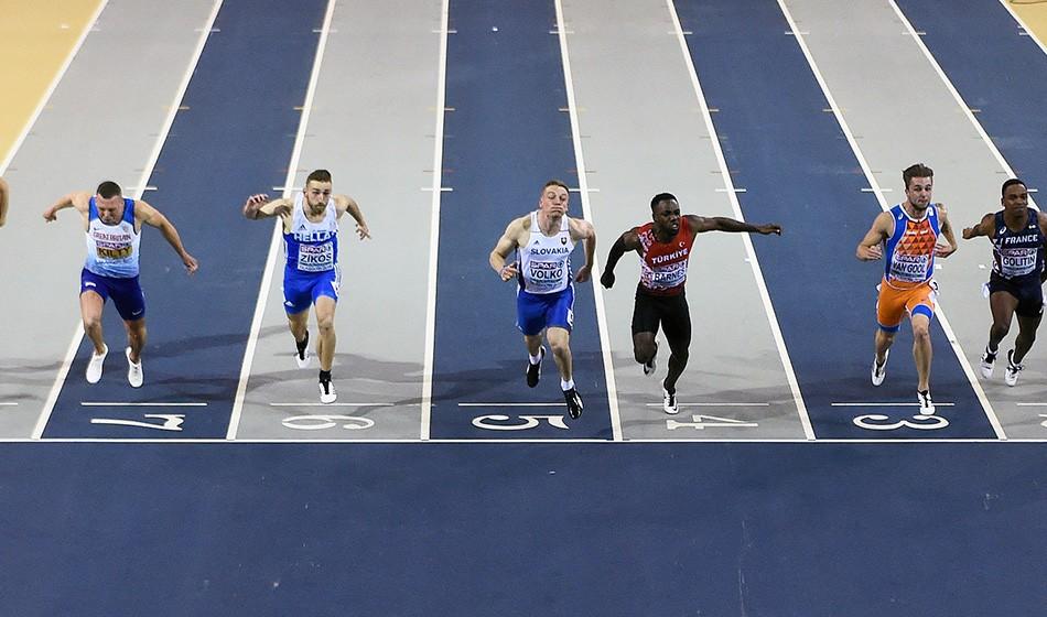 Richard Kilty's Glasgow dream ends as Jan Volko wins 60m