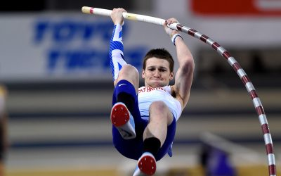 Tim Duckworth and Holly Bradshaw secure Glasgow 2019 silver
