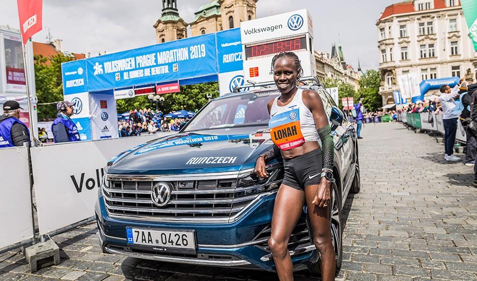 Lonah Chemtai Salpeter runs Prague Marathon record – road round-up