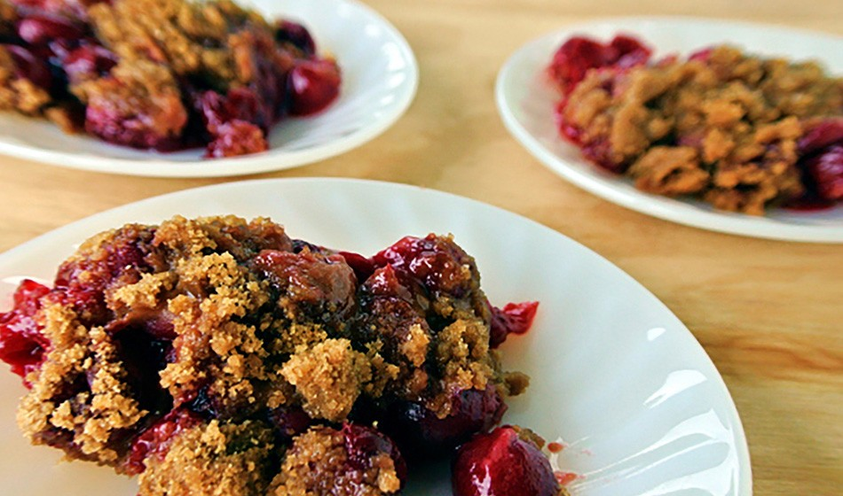 Recipe: Montmorency US tart cherry crumble