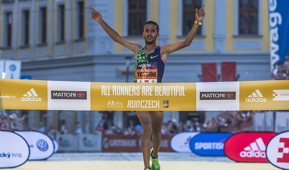 Yassine Rachik and Lilia Fisikovici win Olomouc Half Marathon