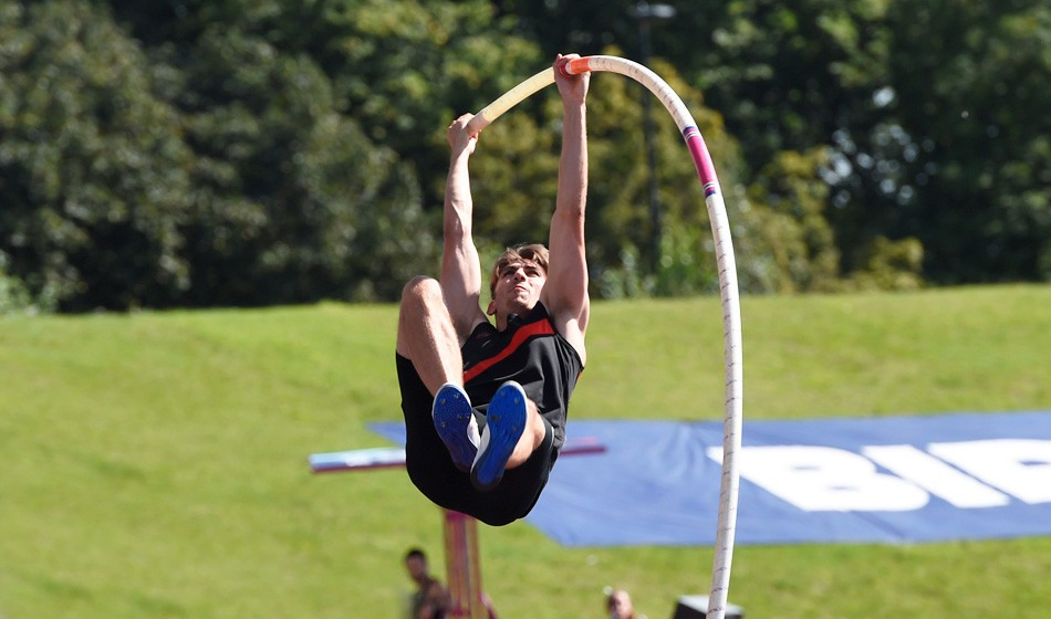Pole vaulter Harry Coppell enjoys day to remember - AW