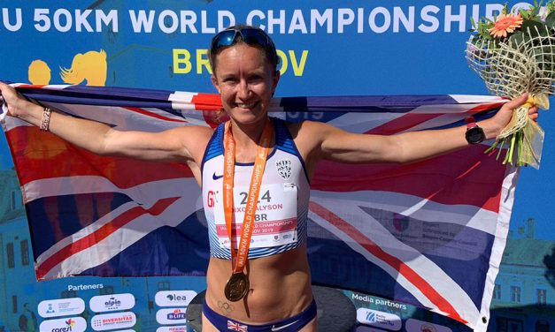 Aly Dixon wins world 50km title on ultra running debut