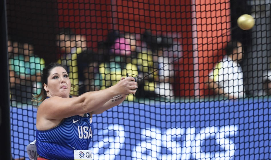 'Strong and beautiful', DeAnna Price wins hammer gold
