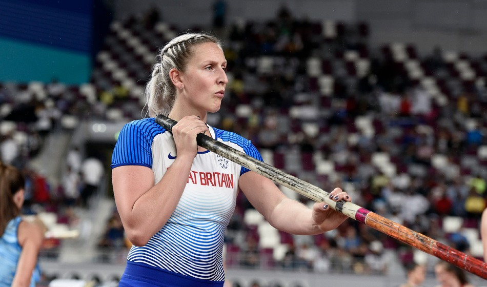 Holly Bradshaw qualifies in style in Doha