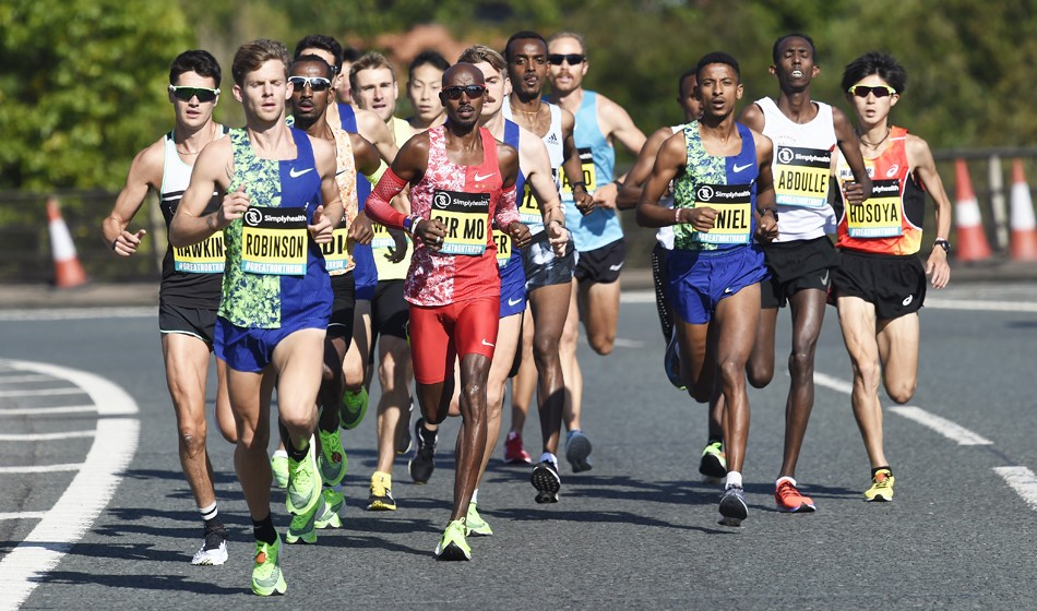 Mo Farah wins title No.6 at Great North Run