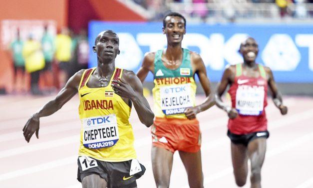 Joshua Cheptegei wins world 10,000m title