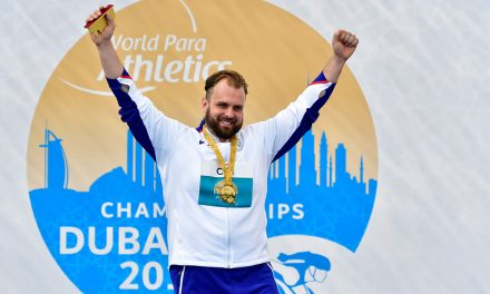 Aled Davies and Maria Lyle get gold in Dubai
