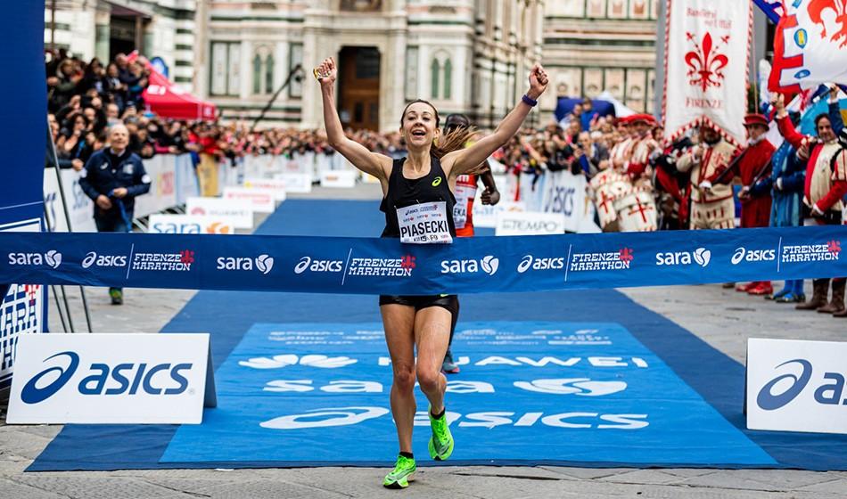 Jess Piasecki storms to 2:25 Florence Marathon win