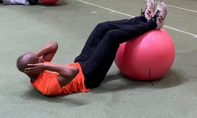 Exercise focus – Swiss ball crunch