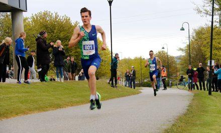 Jakob Ingebrigtsen breaks Norwegian 5km record in Stavanger